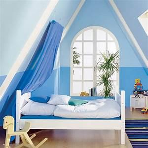 Bett Unterm Fenster : wohnidee dachschr ge ~ Frokenaadalensverden.com Haus und Dekorationen