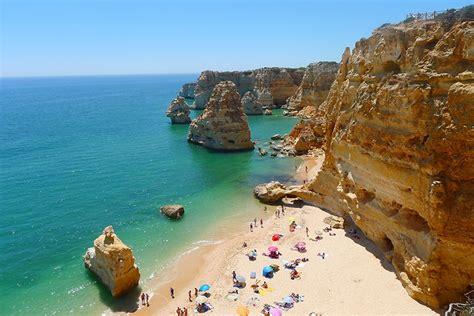 Você sabia que um seguro viagem com cobertura mínima de 30.000 euros é obrigatório para entrar em portugal? Turismo no Algarve: dicas sobre o que fazer em Albufeira