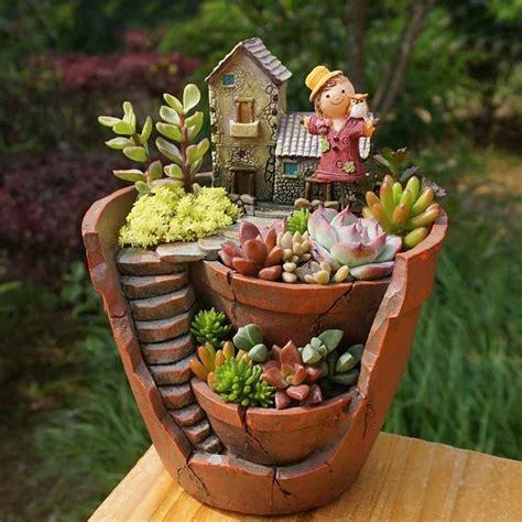 Garden Decoration Pots Ideas by 1000 Ideas About Hanging Flower Pots On