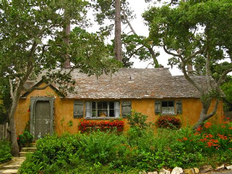 cottages by the sea sunwise turn a hugh comstock fairytale cottage in