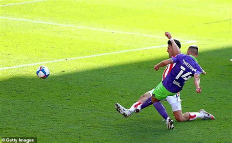 sport news Stoke 0-2 Bristol City: Nakhi Wells and Andreas ...