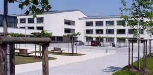 metall design panoramaschule frankfurt keller und keller landschaftsarchitekten gartenarchitekten