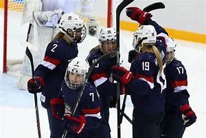 Sochi: USA drills Switzerland in women's hockey ...