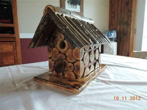 cabane d oiseaux en rondins bois passions et cie