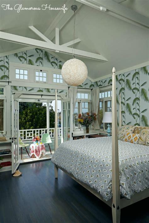 california cottage style   glamorous housewife