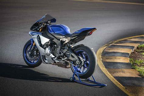 2015 Yamaha R1 And R1m