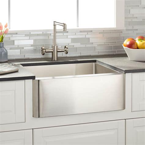 24 inch farmhouse kitchen sink farmhouse sink buying guide 7299