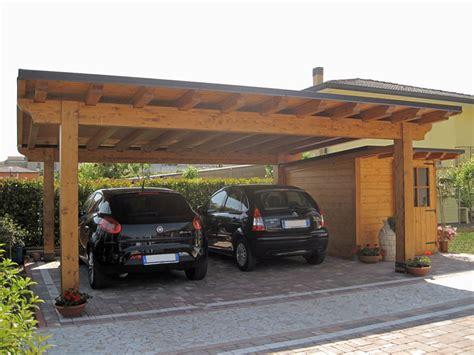 box in legno per auto car in legno e casetta monofalda semi integrata cb02210