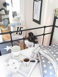 Einrichten In Weiß : wohnideen in wei und ein kleines diy wohnkonfetti ~ Lizthompson.info Haus und Dekorationen
