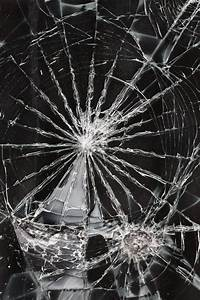 Cracked screen iPhone wallpaper | iphone wallpapers ...