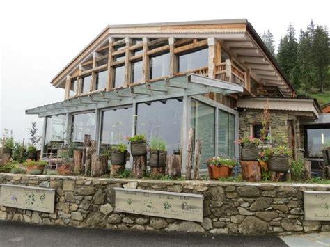 maison des bois marc veyrat petits poissons pendus photo de la maison des bois marc veyrat manigod tripadvisor
