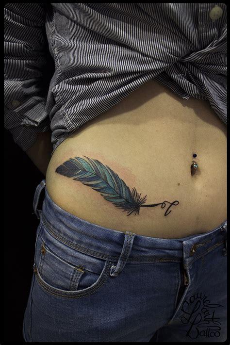 laurelarth tatoueur lyon tattoo oiseaux tatouage plume