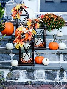 Fall Lanterns - DIY Outdoor Fall Decor - 13 Easy Projects