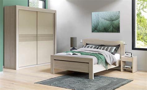 chambre à coucher cosy chambres adultes ameublement louis