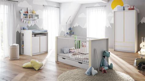 Babyzimmer Bett Und Wickelkommode babyzimmer kinderzimmer schrank bett wickelkommode