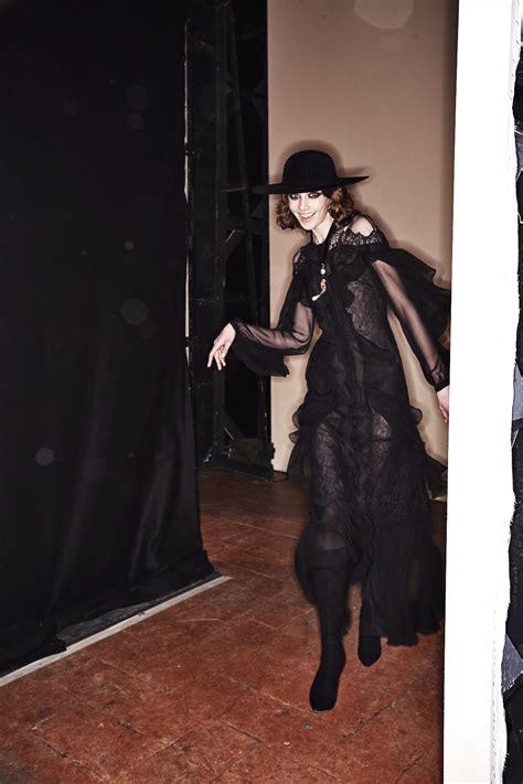 sonny vandevelde alberta ferretti aw fashion show