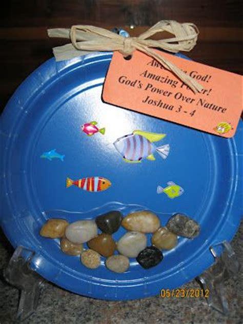 gods power  nature craft fish  rocks bible
