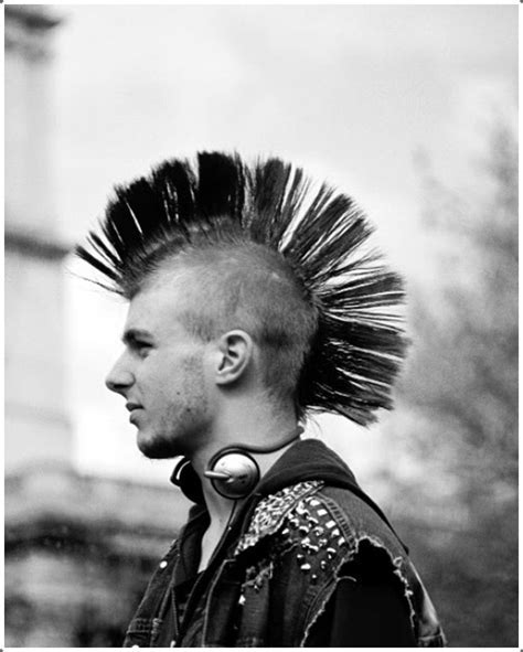 40 Top Class Mohawk Hairstyles For Men