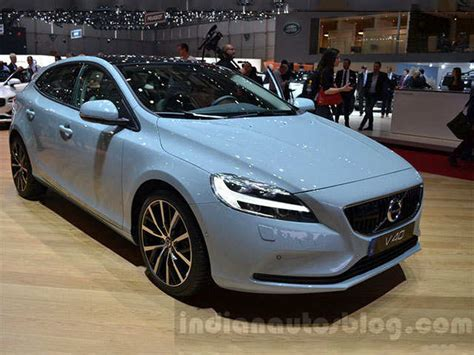 volvo  launched  rs  lakhs price