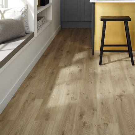 Quickstep Livyn Canyon Oak Beige Vinyl Flooring   Howdens