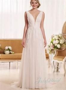 sexy deep v neck flowy tulle summer beach wedding dress With deep v neck wedding dress