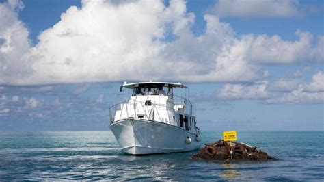 Glass Bottom Boat Cruise Bermuda by Kings Wharf Shore Excursions Cruise Excursions Shoretrips