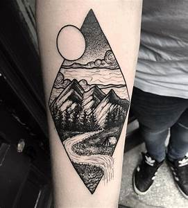 Tatouage Paysage Montagne : best 25 landscape tattoo ideas on pinterest mountain tattoos nature tattoos and creative tattoos ~ Melissatoandfro.com Idées de Décoration