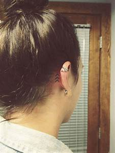 31 Behind The Ear Tattoos That Will Make You Want To Get Inked