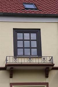 fenster brustung franzosischer balkon aus glas jpg With französischer balkon mit sonnenschirm reparatur berlin