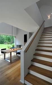Handlauf Für Treppe : die 25 besten ideen zu halbgewendelte treppe auf ~ Michelbontemps.com Haus und Dekorationen