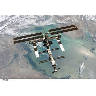 APOD: 2006 May 16 - The International Space Station from Above