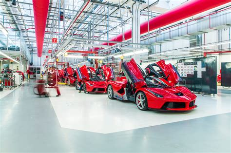 Building The Ferrari Laferrari