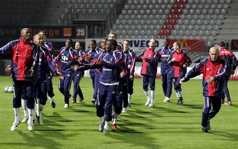 Elle prend part au championnat d'europe espoirs, organisé tous les deux ans par l'uefa. Photos. Il y a quatorze ans, Franck Ribéry et les Espoirs enflammaient Marcel-Picot