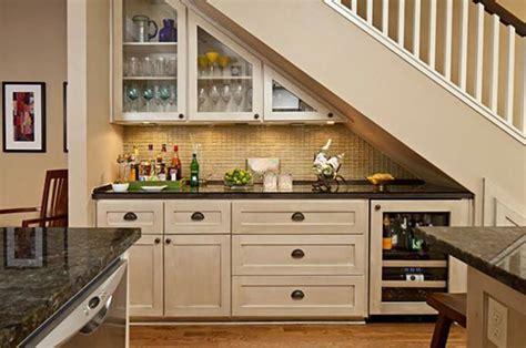 cuisine sympa cuisine design sous l escalier à voir design feria