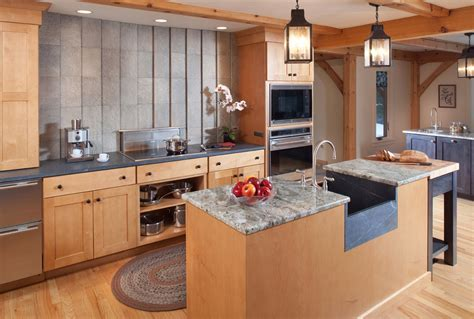 2015 Kitchen Design honorable mention: Post and Beam