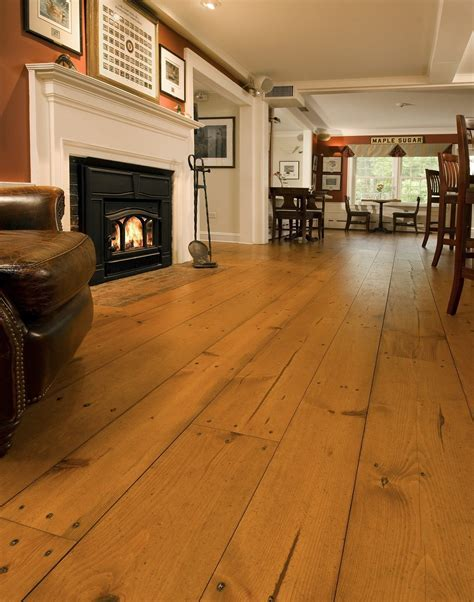 Heart Pine Flooring   Carlisle Wide Plank Floors