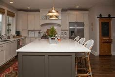 painters for kitchen cabinets sherwin williams dorian gray cabinets urbane bronze 4007