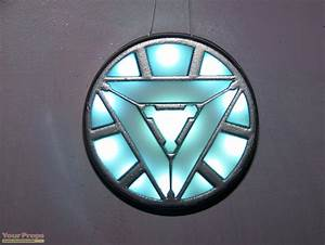 The Avengers Iron Man Arc Reactor Replica made from scratch