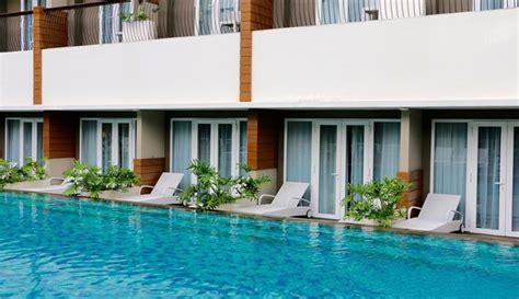 hotel  kamar akses langsung  kolam renang