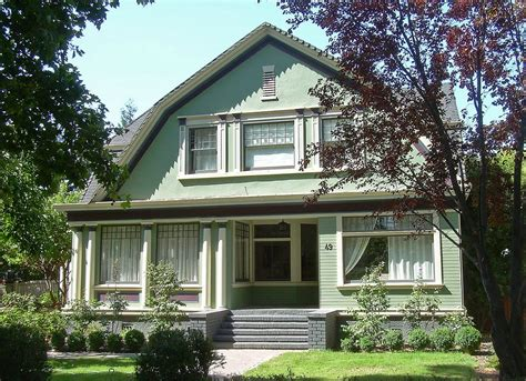 painting exterior trim exterior house painting 8