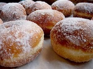 Typische Berliner Produkte : berliner pfannkuchen rezept mit bild von gaby2704 ~ Markanthonyermac.com Haus und Dekorationen