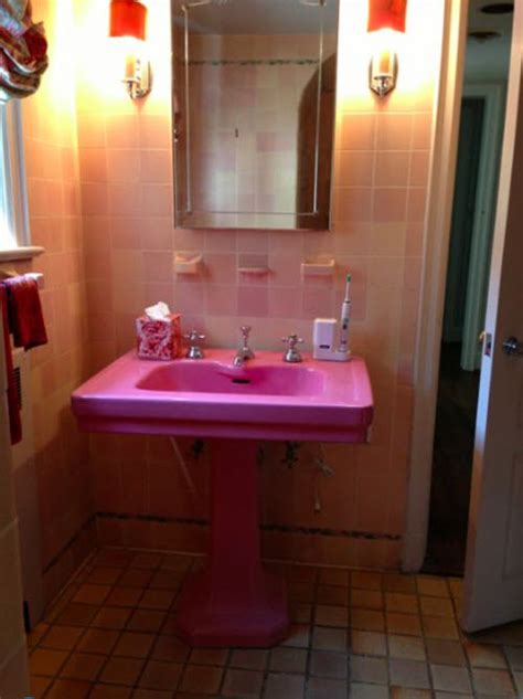 pink bathroom tile ideas  pictures