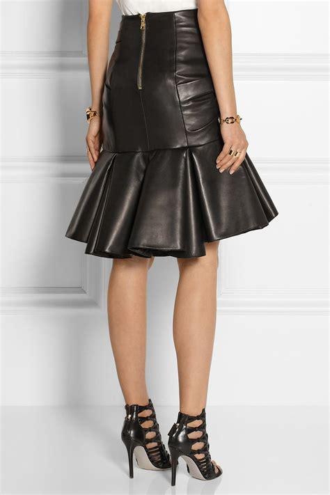 Best 25+ Pleated Leather Skirt ideas on Pinterest | Pleated midi skirt Leather midi skirt and ...