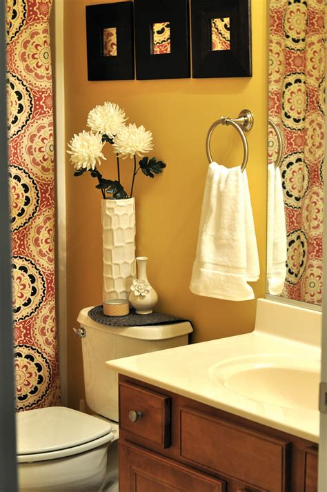 decorating ideas for small bathrooms in apartments art galleries pic of marvelous small bathroom