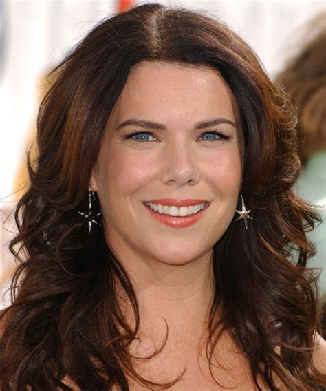 lauren graham casual long wavy hairstyle