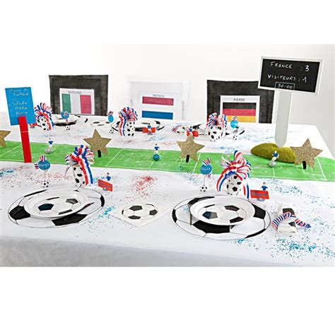 chemin de table football chemin de table th 232 me foot chemin de table decoration foot