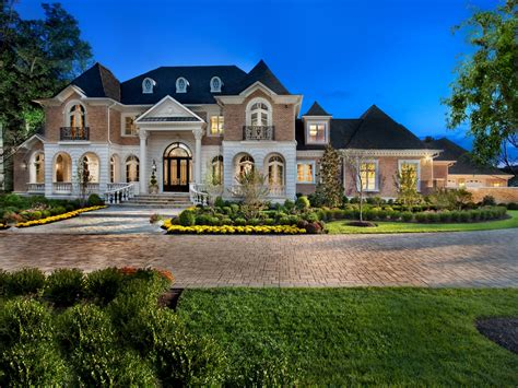 luxury mansions  garden luxury home buildertop home