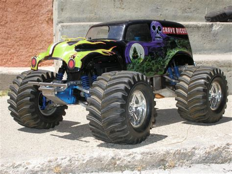 nitro rc monster trucks grave digger nitro 1 8 monster truck rc groups