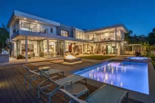 5 bedroom house plans 2 story custom contemporary home in encino ca contemporary