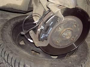 Comment Degripper Un Etrier De Frein : plaquette de frein 306 anne 1994 1 9 diesel peugeot 306 auto evasion forum auto ~ Medecine-chirurgie-esthetiques.com Avis de Voitures
